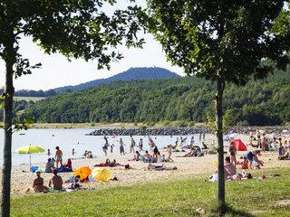 Lato, słońce, miasto i jezioro