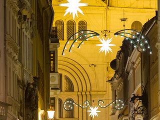 Adventsmarkt St.Johannis mit Herrnhuter Sternen