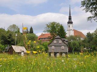 Umgebindehauspark und Dorfkirche Cunewalde