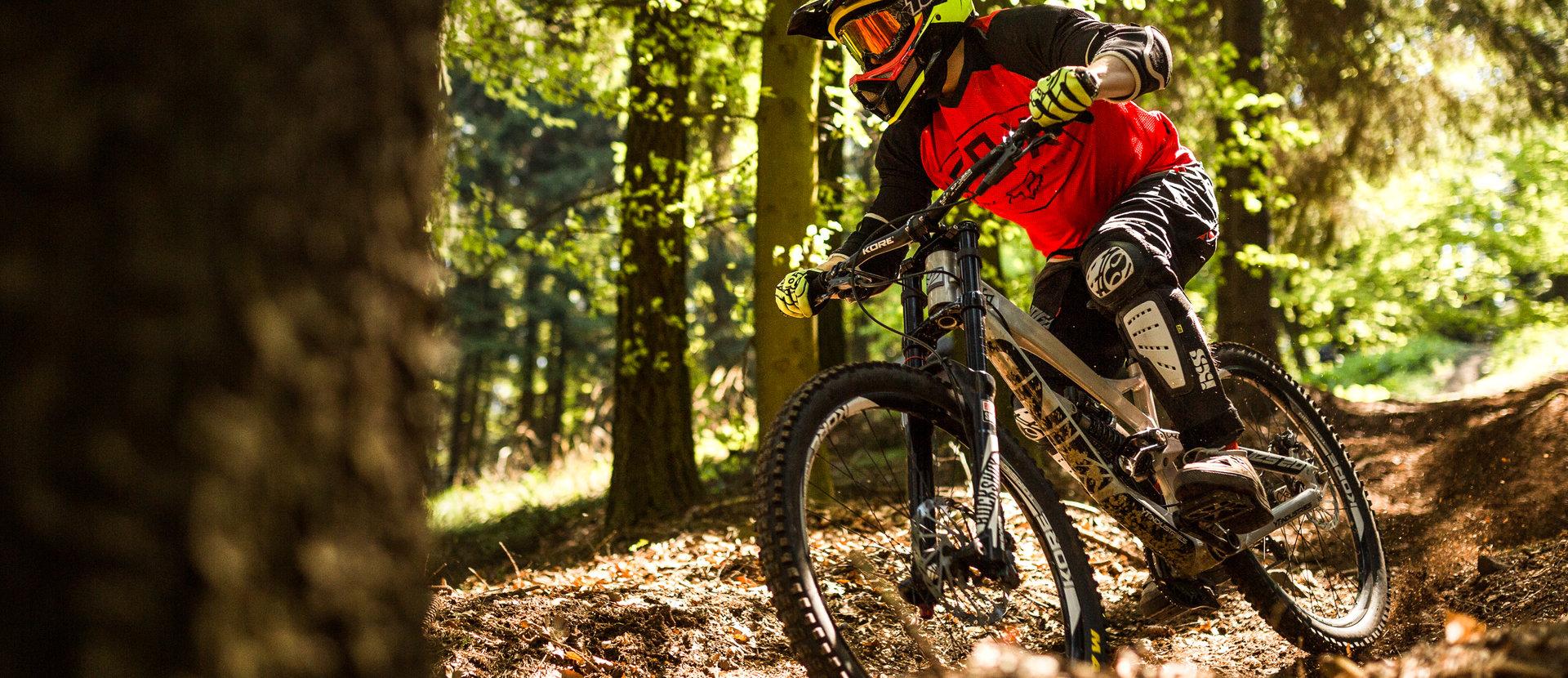 štěrk na kole v Horní Lužici Adrenalinový spěch a výškové metry