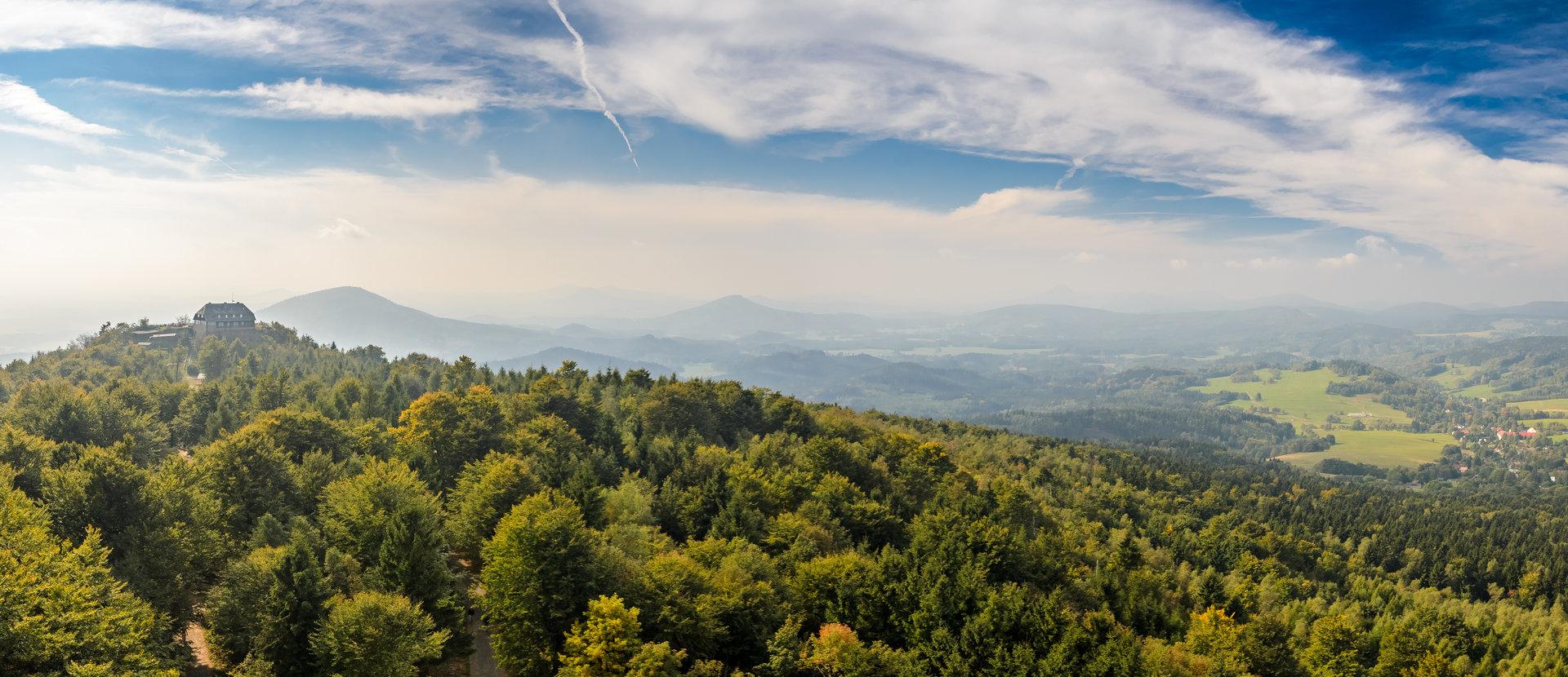Oberlausitzer Bergweg Zu Fuß auf dem Qualitätswanderweg