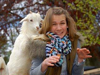 Hanna und Ziege