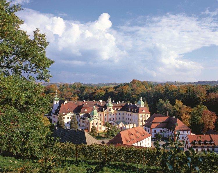 Kloster St. Marienthal vom Weinberg aus IBZ St. Marienthal