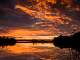 Sonnenuntergang Heide und Teichlandschaft