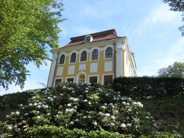 Barockschloss Neschwitz Seitenansicht Gemeindeverwaltung
