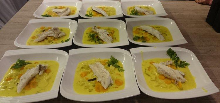 Fischfilet auf Kurkuma Weissweingemuese Carola Arnold
