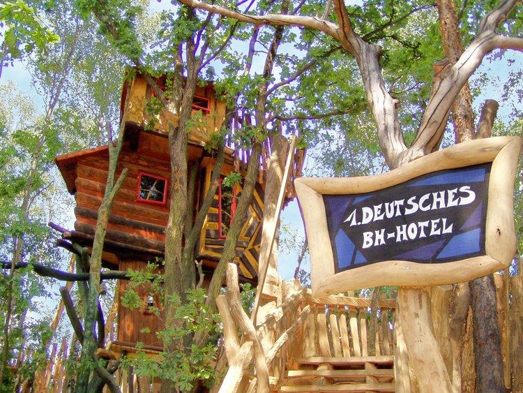 Baumhaushotel Kulturinsel Einsiedel