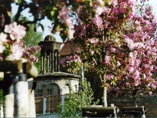 Goerlitz Heiliges Grab Grabkapelle Fruehling