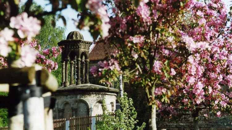 Goerlitz Heiliges Grab Grabkapelle Fruehling StadtverwaltungGoerlitz CFreudrich