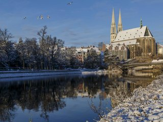 Goerlitz Winter Neisseufer Peterskirche Altstadtbruecke