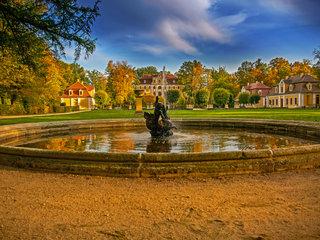 Barokschloss Neschwitz im Herbst