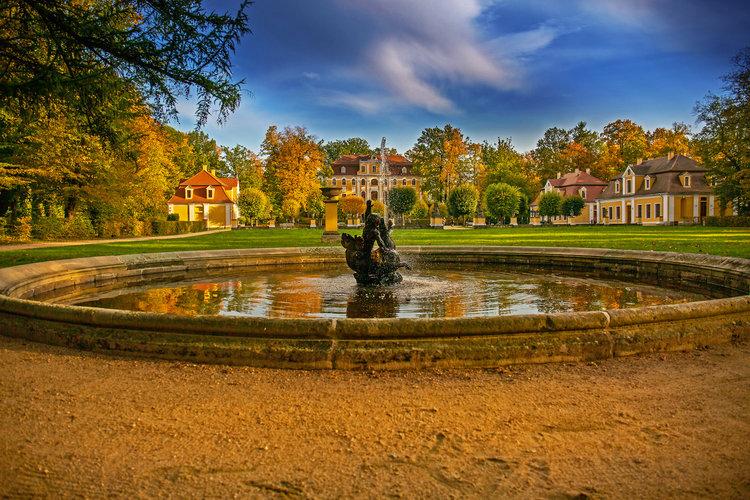 Barokschloss Neschwitz im Herbst Lausitzfocus