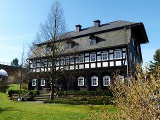 Umgebindehaus Alte Mangel im Fruehling